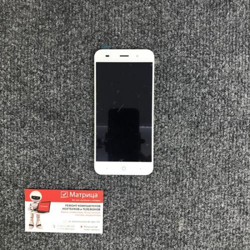 Дисплей для ZTE Blade X7, в сборе с тачскрином (белый)
